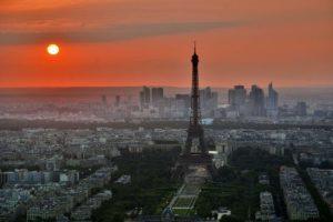 Loma pariisissa ja auringonlasku